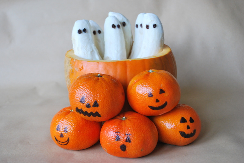 Halloween Ghosts and Pumpkins
